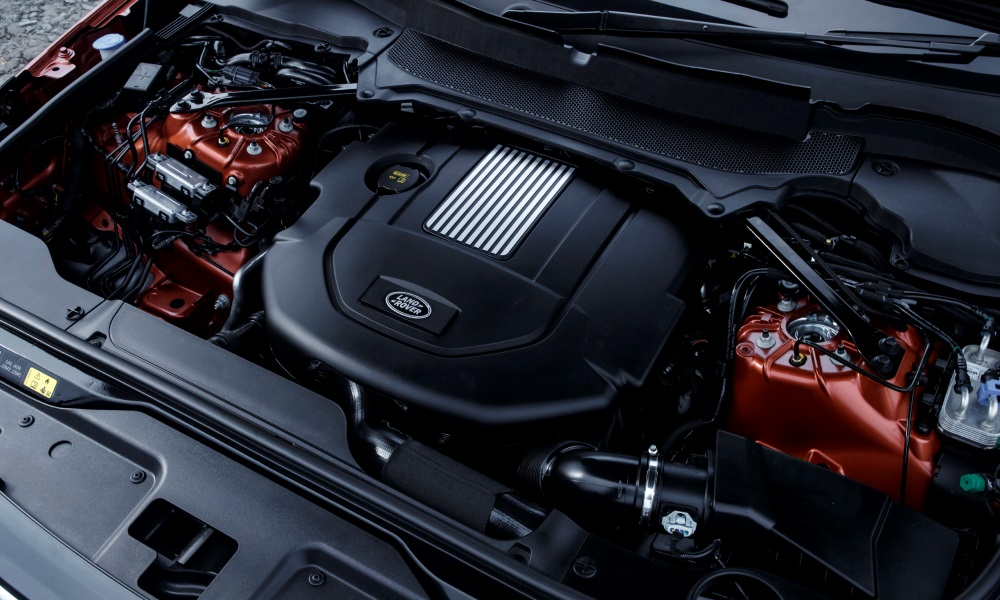 The Td6 turbodiesel is both refined and powerful.