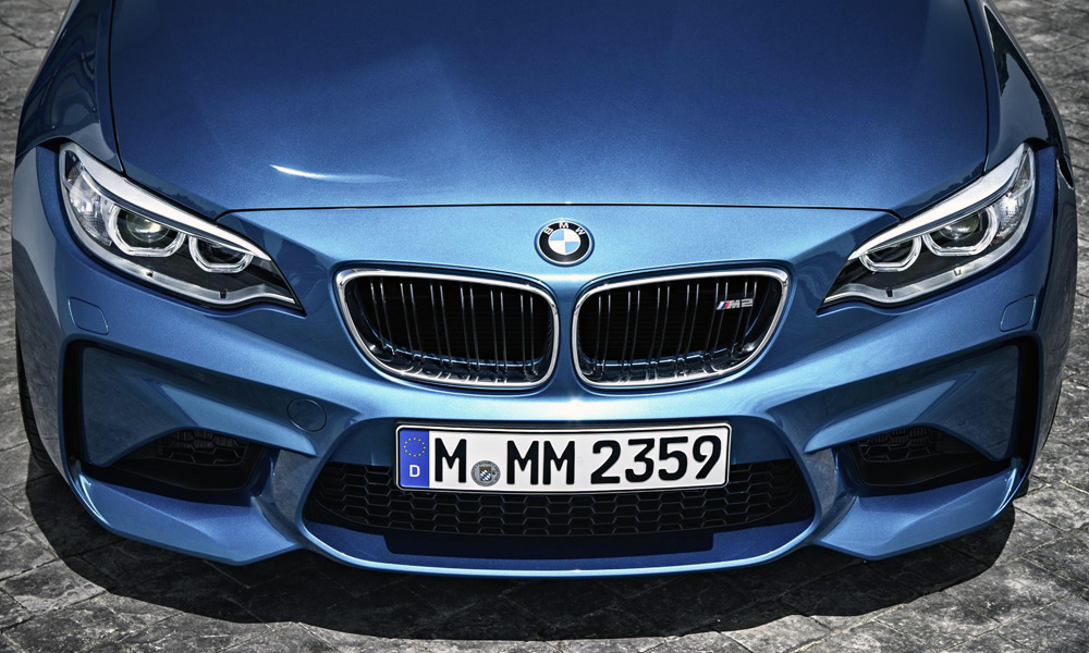BMW M2 badge