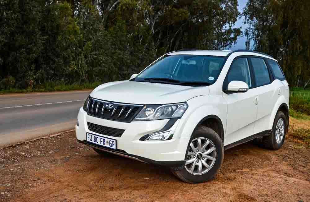 Mahindra XUV500 2,2 CRDe W8 AT with its seven seats has joined our long-term fleet.