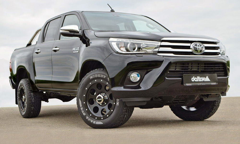 The Delta4x4 Toyota Hilux Beast features a lift kit that adds 140 mm.