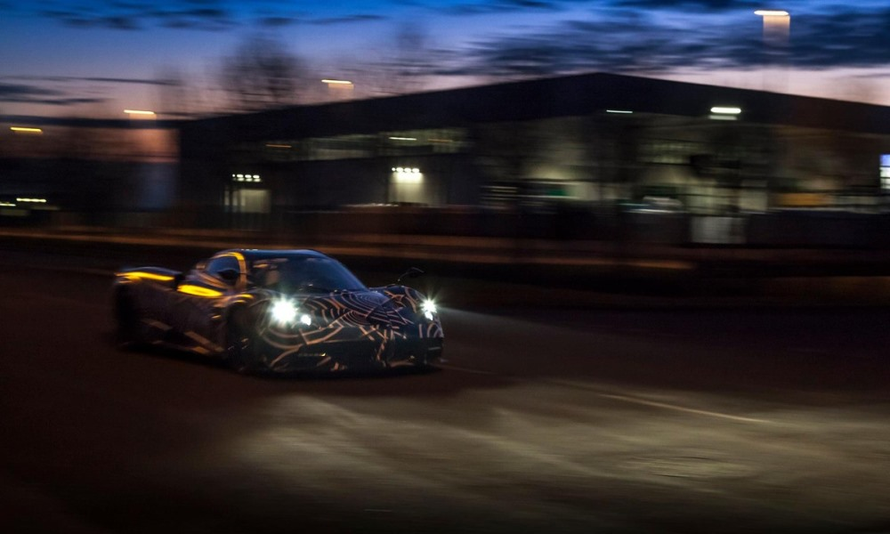 Pagani teases Huayra Roadster with BC underpinnings