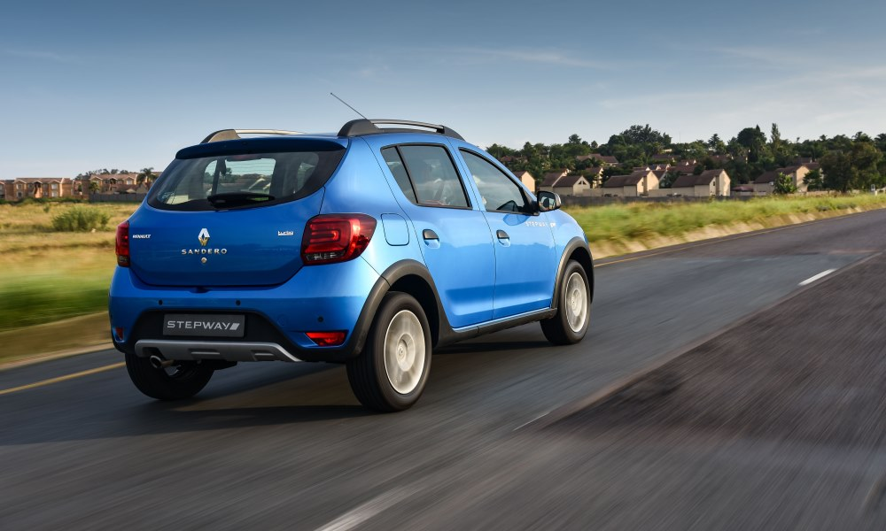 New head- and taillamps provide the Stepway with a fresh look.