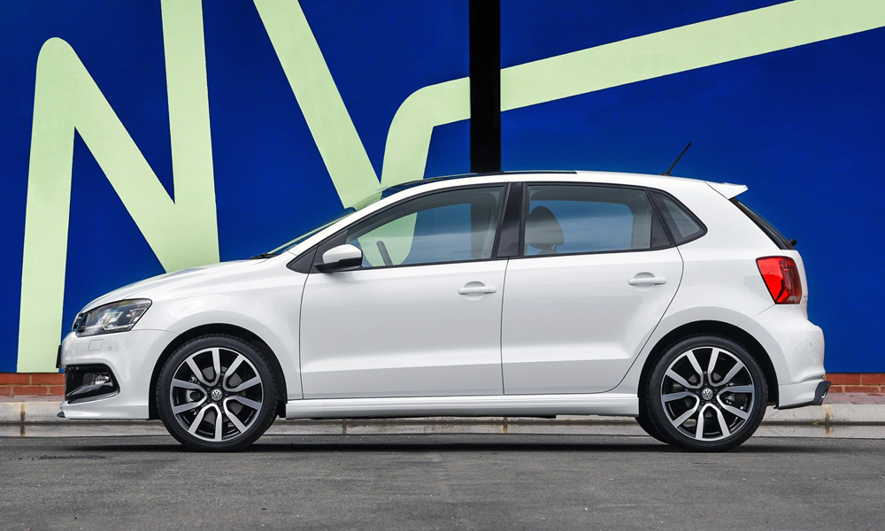 new vw polo 1 0 tsi variant gets r line as standard car magazine. Black Bedroom Furniture Sets. Home Design Ideas