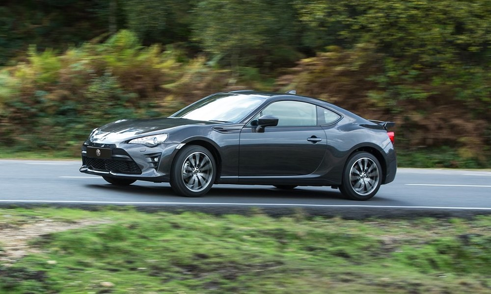 The facelifted Toyota 86 has arrived in SA.
