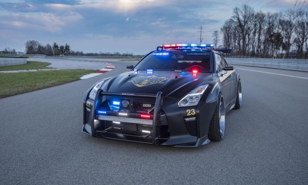 Copzilla! There\'s no evading this GT-R police car... - CAR magazine
