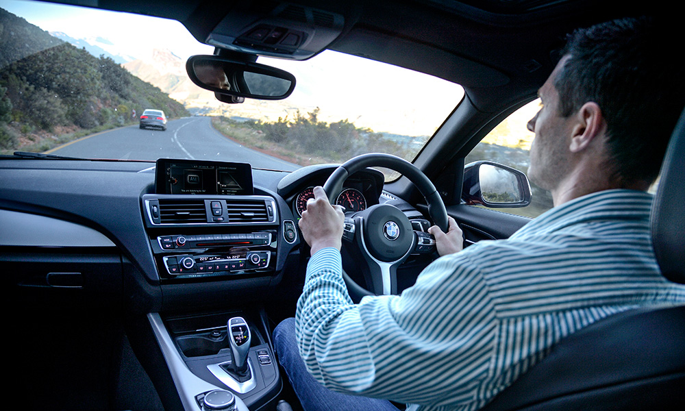 The M140i has the superior driving position.