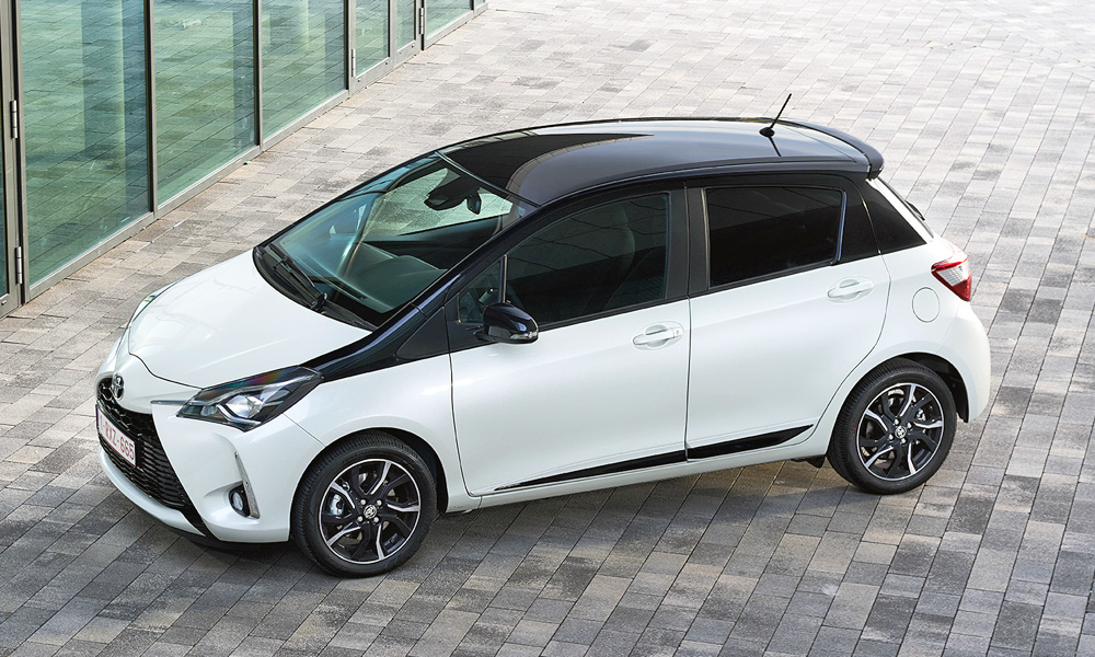 It seems a two-tone paint scheme will be available with the refreshed Yaris.