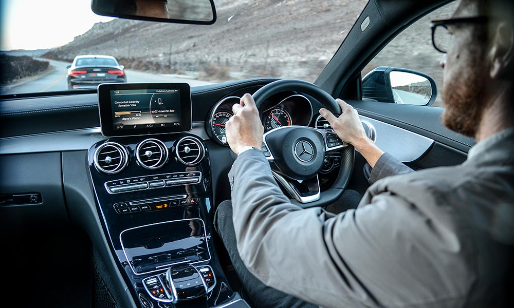 The C43 features lighter yet more responsive steering than its rival.