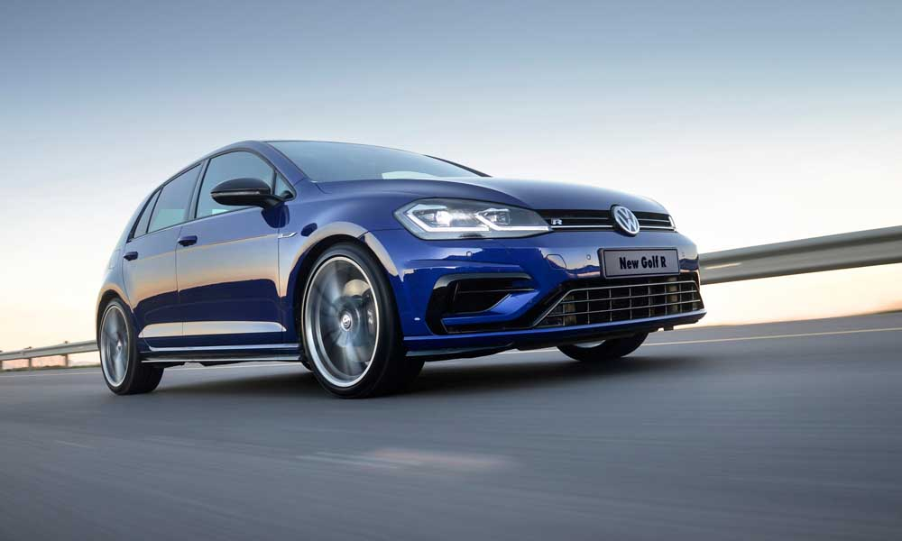 The facelifted Volkswagen Golf R has arrived in SA.
