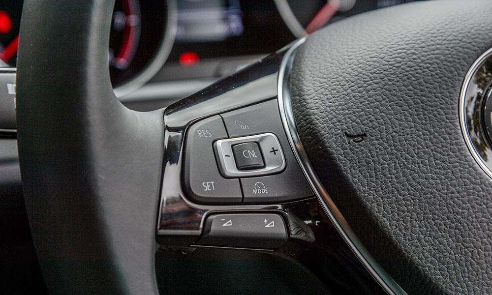 Cruise control is included in Comfortline specification.