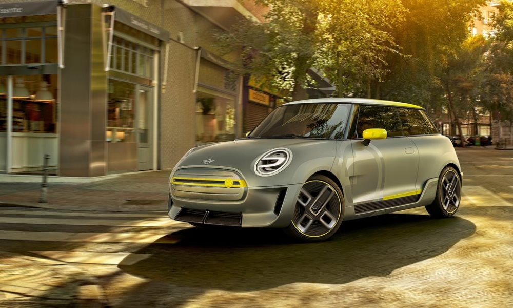 Mini says a production version of this concept will be on the road by 2019.