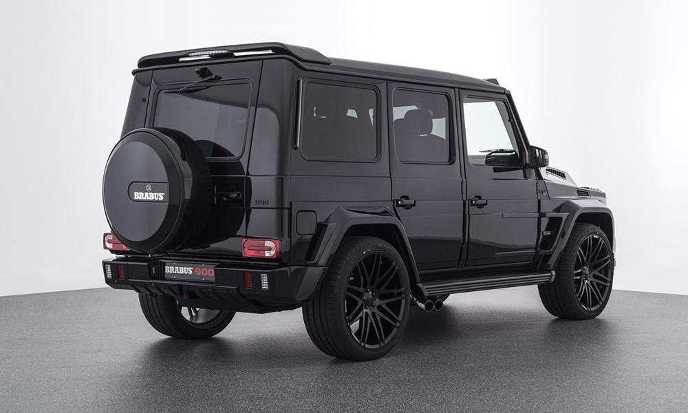 This monstrous German SUV rides on massive 23-inch forged wheels and note the spoiler.