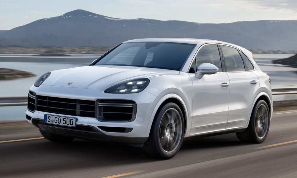 Despite being a large SUV, the Cayenne boasts an impressive 0-100 km/h time.