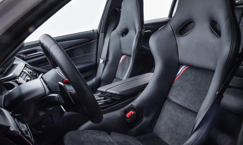 Bucket seats from the BMW M4 GTS find their way into the cabin.