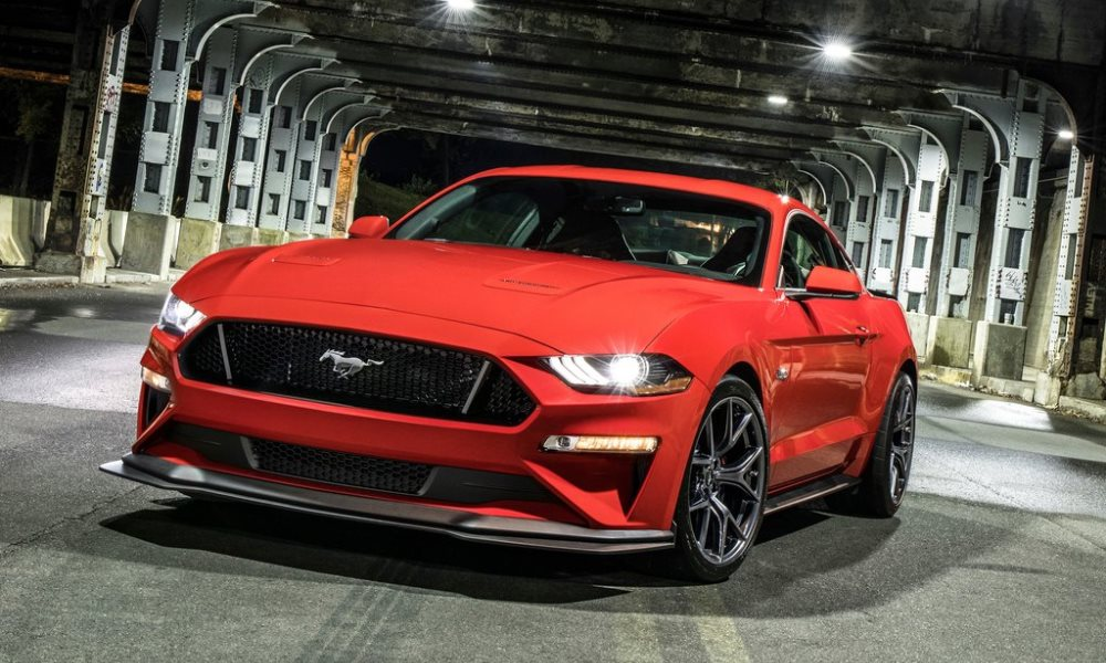 Ford Mustang GT Performance Pack Level 2 front