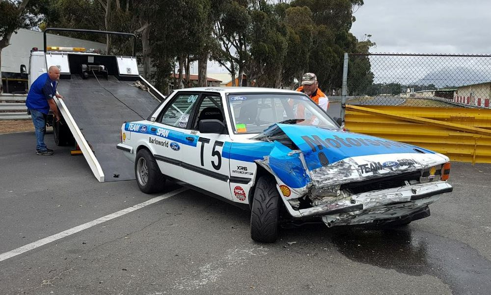 The Ford Cortina XR6 as raced by Sarel vd Merwe did not leave the track on its own power...