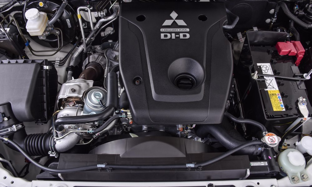 The 2,4-litre turbodiesel is smooth and refined.