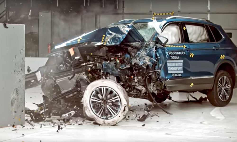 Volkswagen Tiguan IIHS crash test