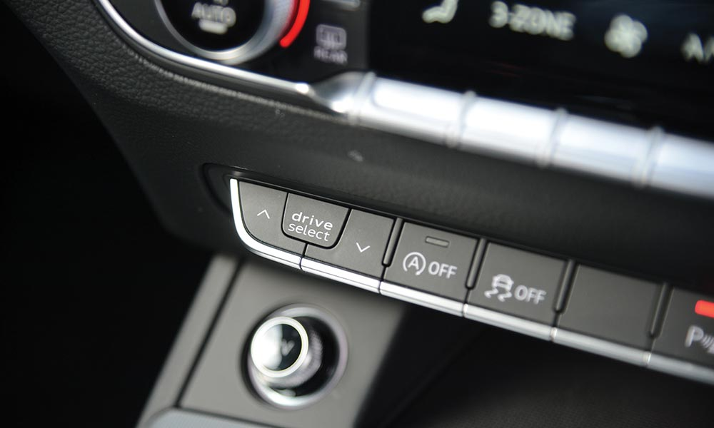 Drive Select toggle on facia runs through various drivetrain settings.