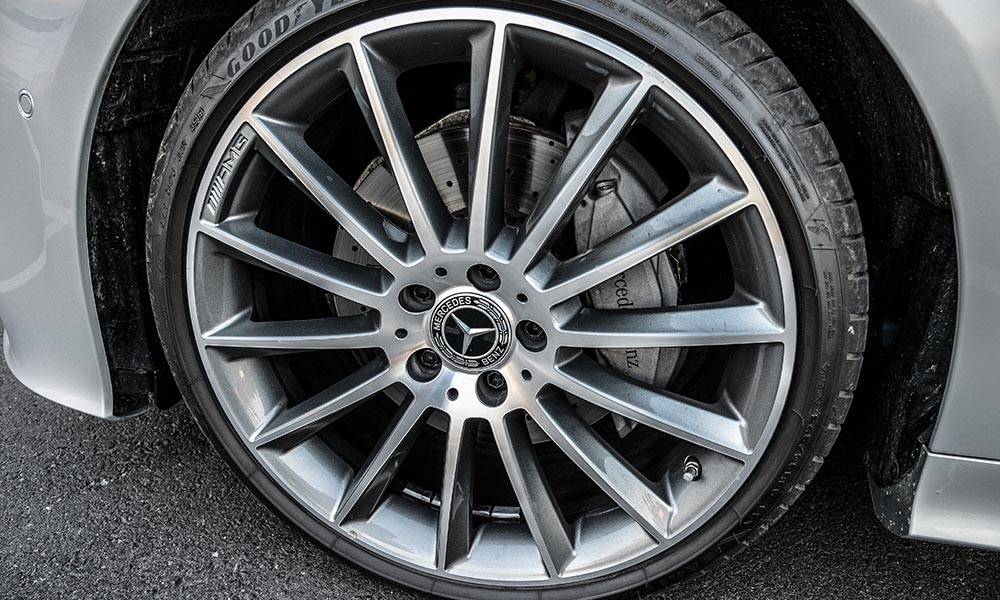 These 20-inch alloys are the largest available on the two-door E-Class.