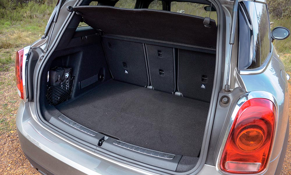 Sliding rear bench frees up additional boot space.