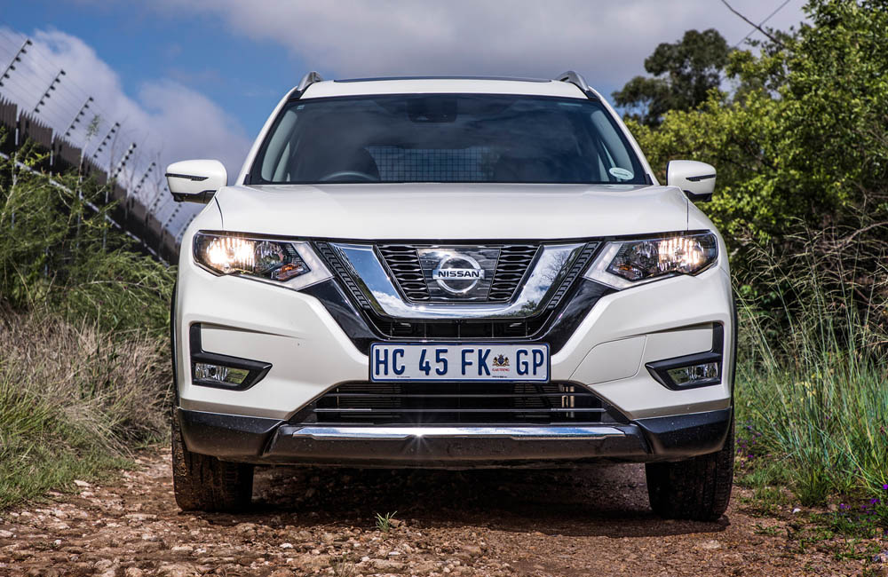 The X-Trail boasts a new face.