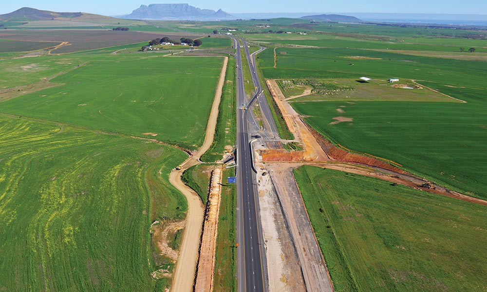 We examine exactly how SA roads are designed and built.