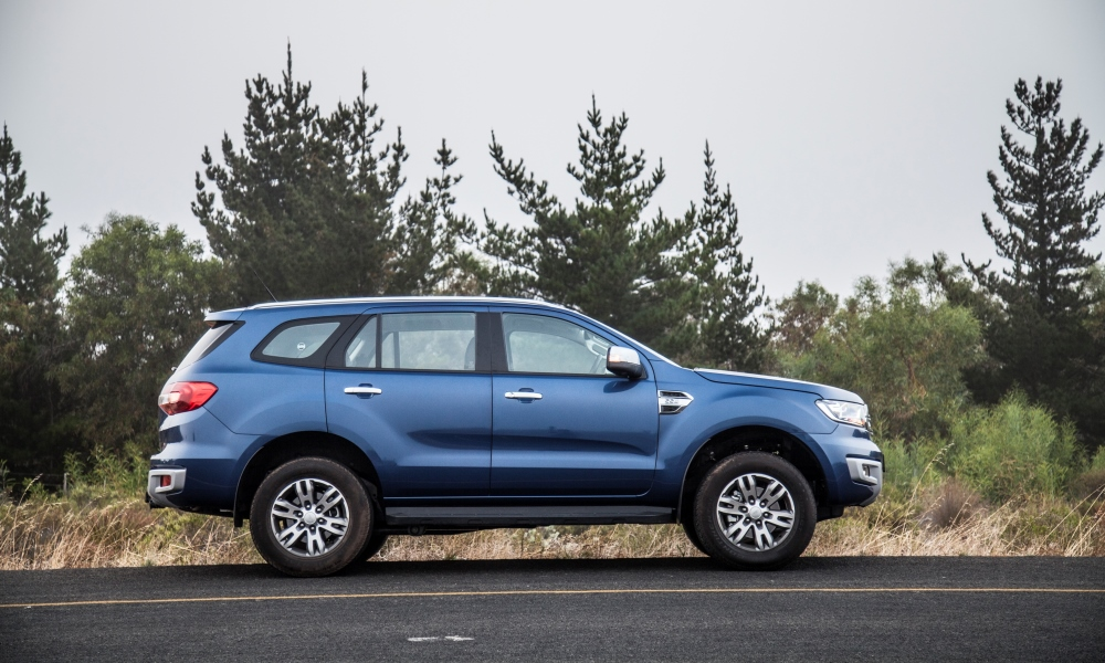 Ford Everest 2.2 TDCi XLT 6AT 4x2