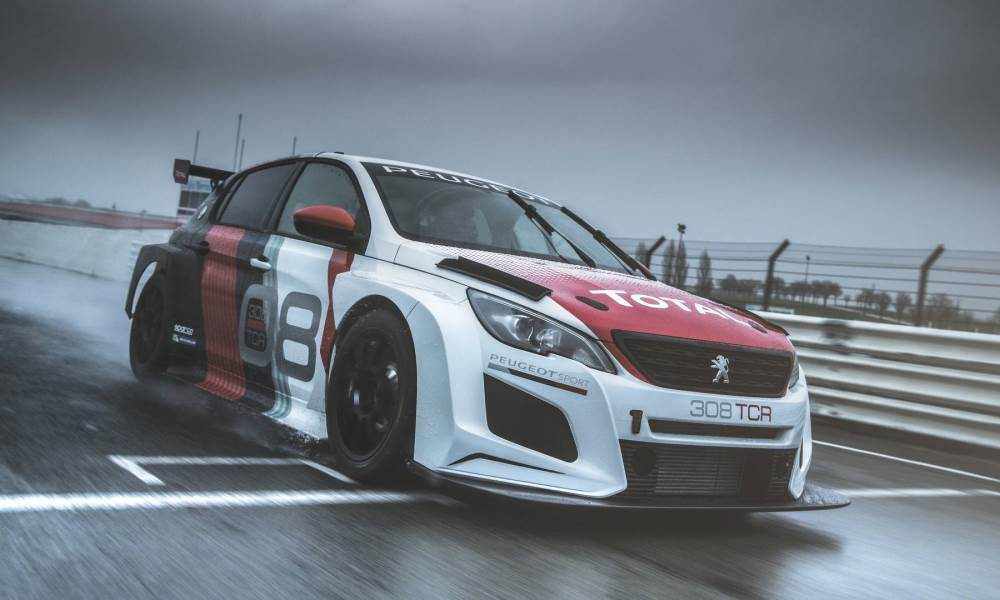 The 308 GTi TCR has been revised for the 2018 calendar.
