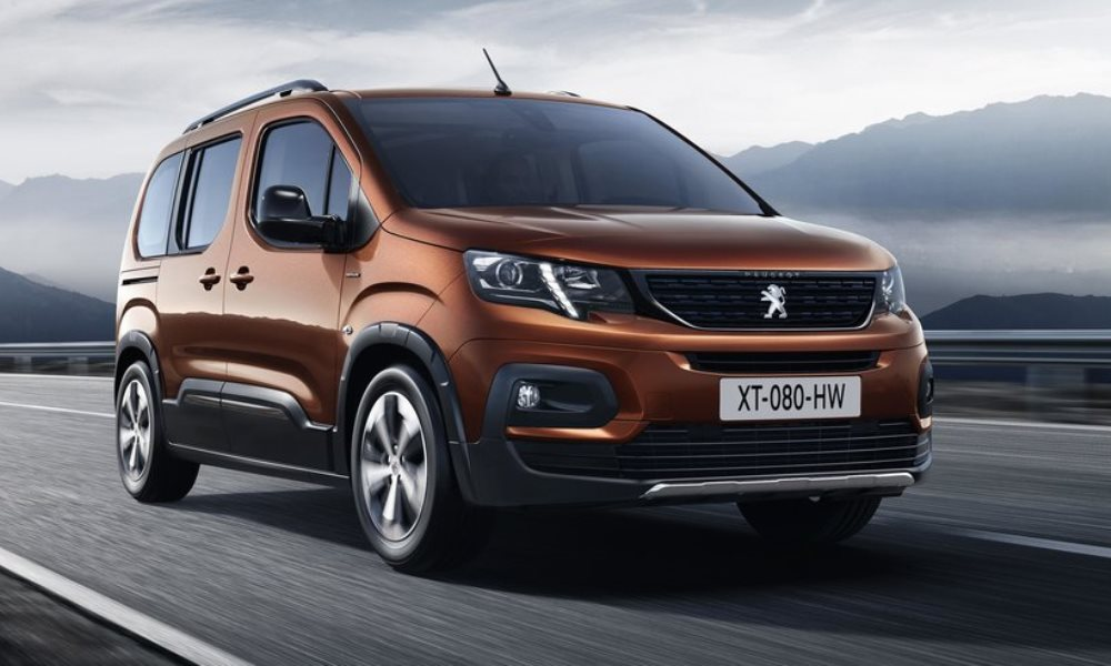 Peugeot Rifter 4x4 Concept 'heads for the hills'... - CAR ...