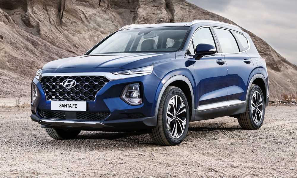 Hyundai has released more details about its new Santa Fe, which features a twin-headlamp set-up.