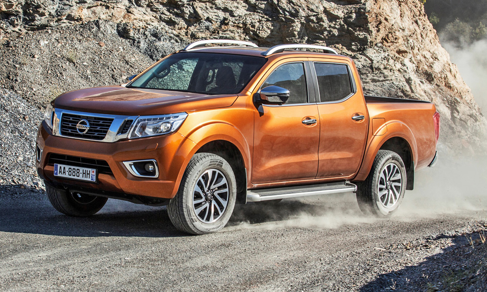 nissan to tackle new ranger raptor with navara v6 car. Black Bedroom Furniture Sets. Home Design Ideas