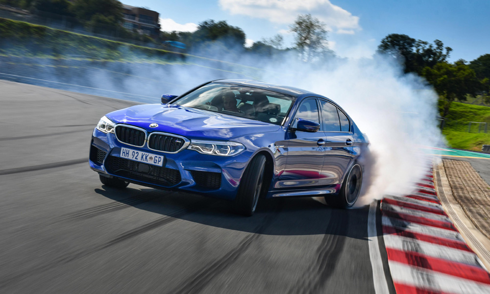 The new BMW M5's powertrain offers all-wheel drive with a rear-wheel bias as well as full rear-wheel drive.