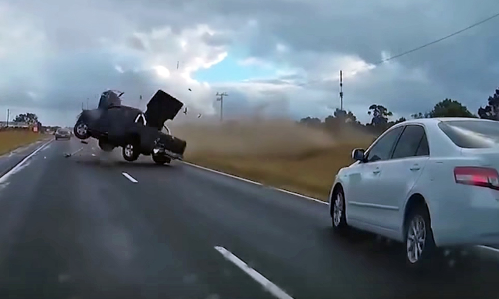 Nissan Navara crash