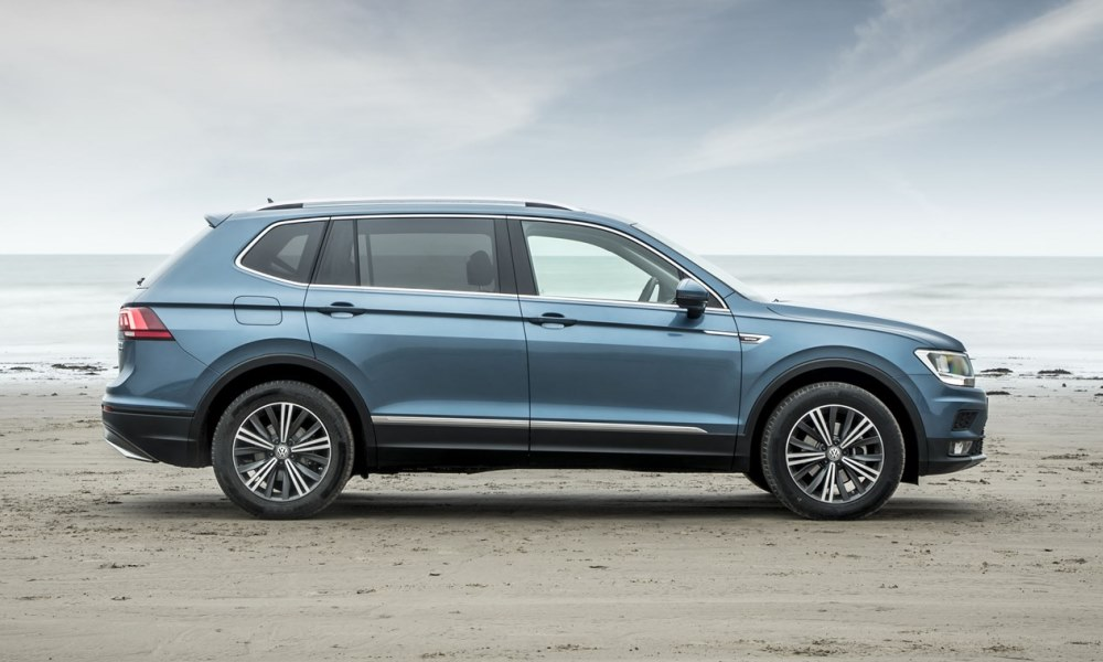 here s how much the volkswagen tiguan allspace costs car magazine. Black Bedroom Furniture Sets. Home Design Ideas