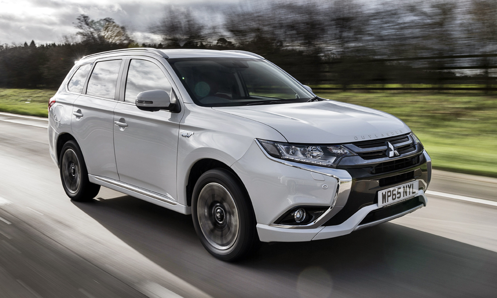 Next-gen Mitsubishi Outlander to be based on Nissan X ...