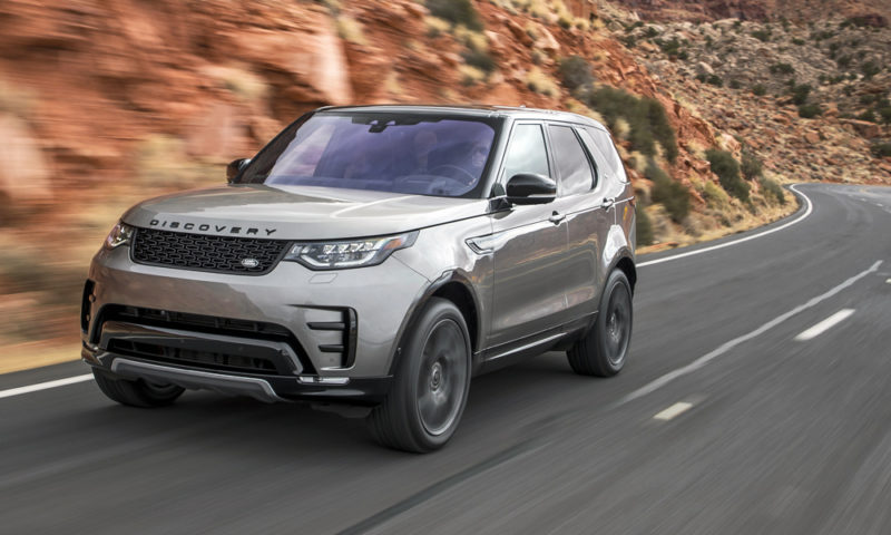 Land Rover has given its Discovery a brawny new V6 diesel engine.