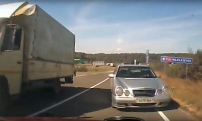 Mercedes-Benz driver crashes