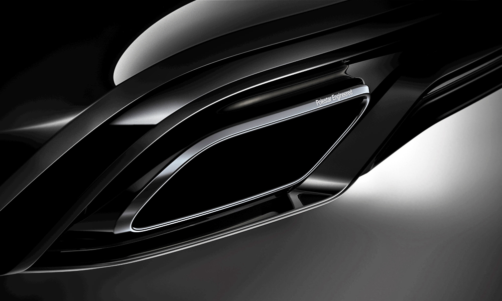 Tailpipes are finished in black-chrome.