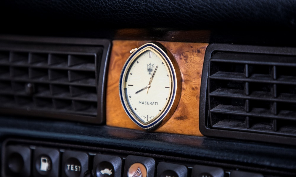 The clock in that 222 Spyder.