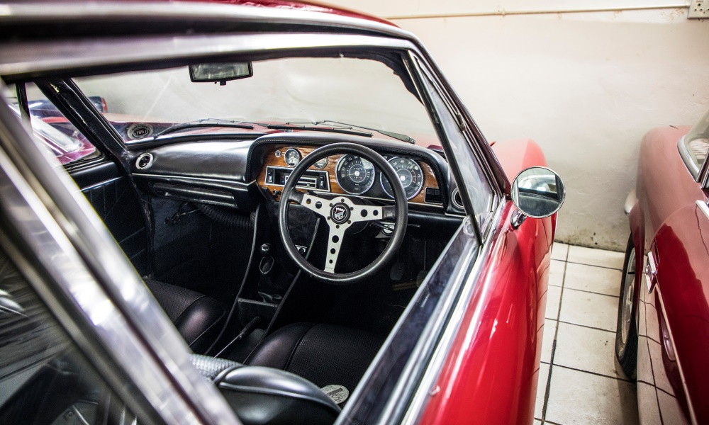 The classic steering wheel of a 1970 Moretti GS16.