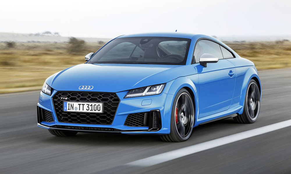 The facelifted Audi TT has been revealed.