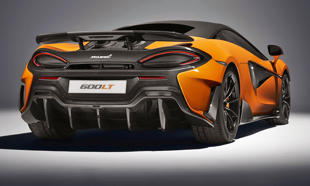 The latest Longtail matches the 675LT in the 0-100 km/h sprint.