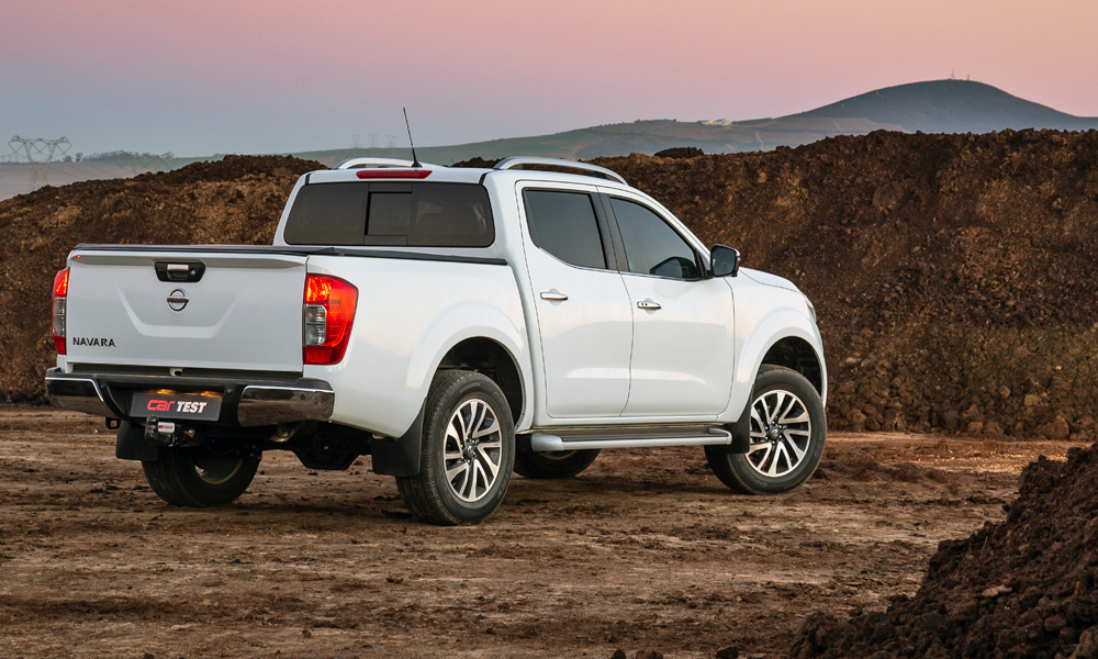 The LE spec includes roof rails and 18-inch alloys.