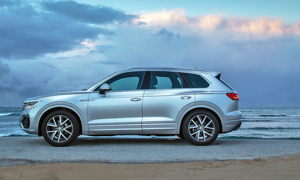 Running on the MLB Evo platform, the new Touareg is 77 mm longer than before.