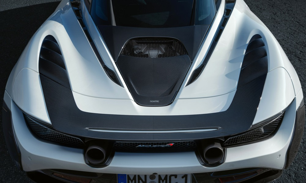 Carbon-fibre elements have been added to the body.