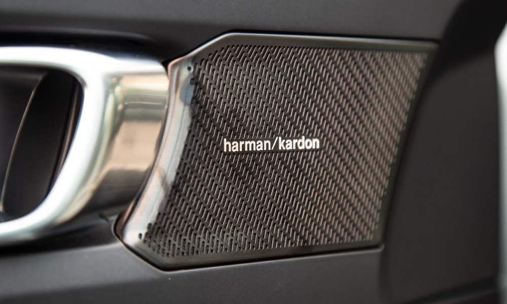 Harman Kardon audio system.