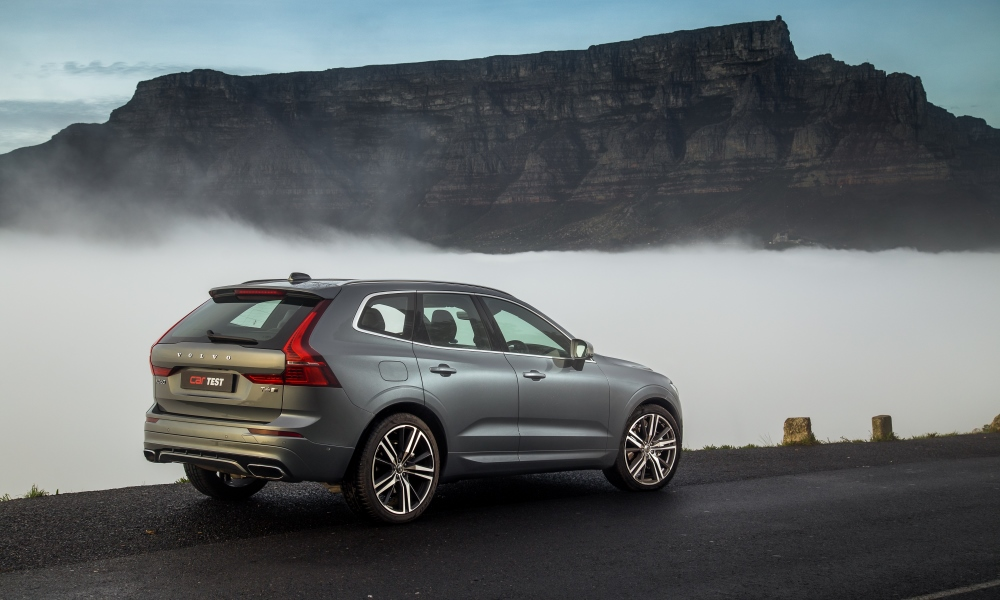 XC60 sports a more grown-up, elongated profile than XC40.