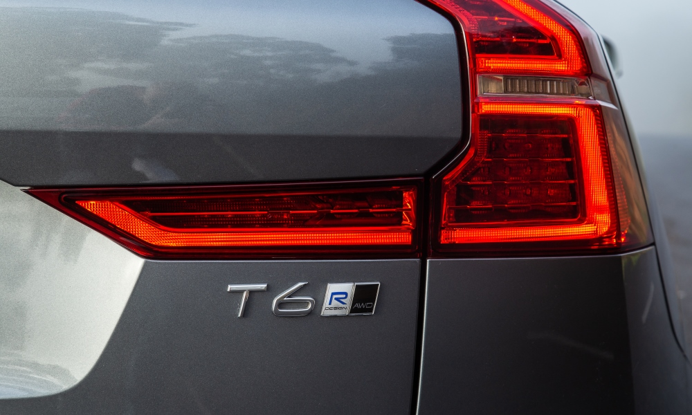 Rear lights feature a more horizontal design than before.