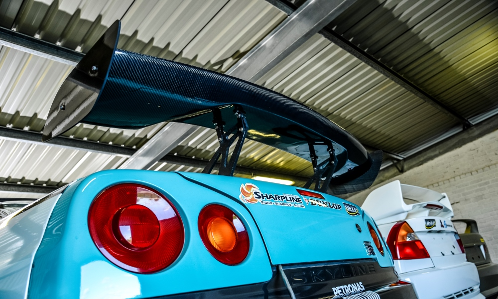 The custom rear wing on the R34 GT-R.